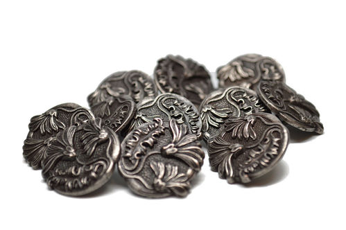 European Metal Daisy Flower and Leaf Button